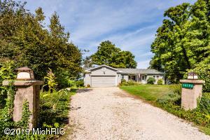 14194 Bluff Road, Lakeside, MI 49116