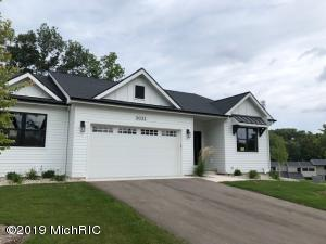 The West Bluff's are walking distance to the shops and restaurants in Cascade.  The homes are a modern farm house design with all the finest finishes.  All homes have the master on the main floor with an open concept kitchen, eating and living areas.