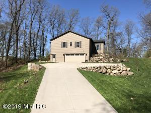 Property for sale at 840 E East Gull Lake Drive, Augusta,  Michigan 49012