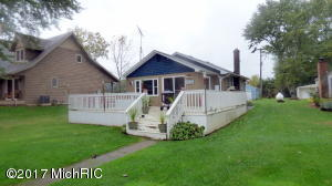 48692 Main Street, Lawrence, MI 49064