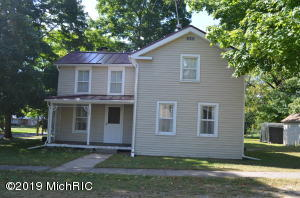 144 S Fifth Street, Burr Oak, MI 49030