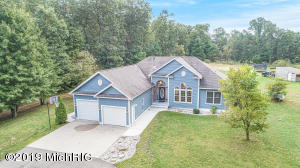 3605 S Sweet Lake Drive, Twin Lake, MI 49457