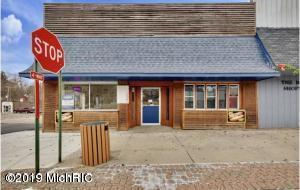 11 N Bridge Street, Saranac, MI 48881