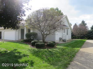 7585 Rivendell Drive SE, 2, Grand Rapids, MI 49508