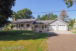 66180 Halfway Road, Burr Oak, MI 49030