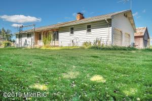 Property for sale at 4015 E Cloverdale Road, Hastings,  Michigan 49058