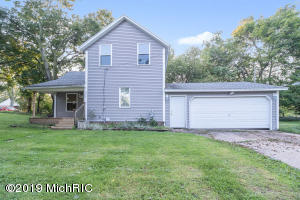 Property for sale at 926 S Montgomery Street, Hastings,  Michigan 49058