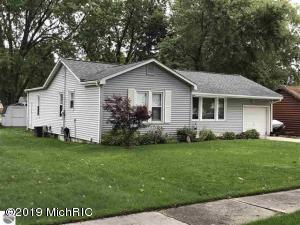 427 S Pine Street, Lake City, MI 49651