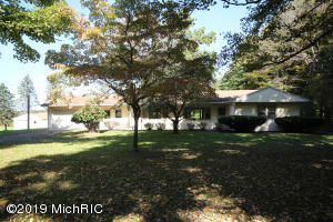 10507 E S Avenue, Scotts, MI 49088