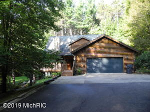 25696 Cherry Hill Lane, Gobles, MI 49055