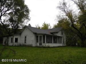 3474 W County Farm Road, Sheridan, MI 48884