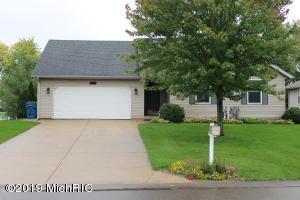 4738 Pepper Bush Lane, Kalamazoo, MI 49004