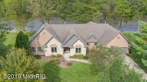 1535 Echo Valley Drive, Niles, MI 49120