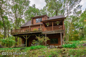 18830 Ark Landing, Three Rivers, MI 49093