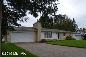 7164 Linden Avenue SE, Grand Rapids, MI 49548