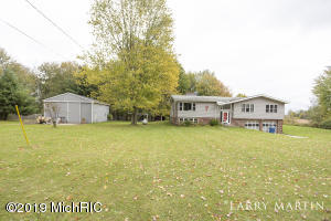 21792 Squires Road, Conklin, MI 49403