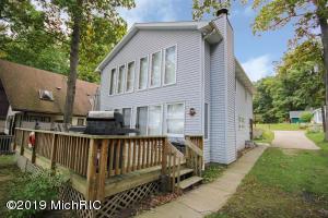 16023 Oak Street, Decatur, MI 49045