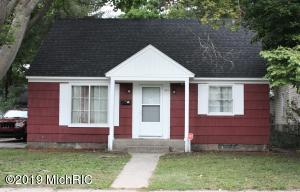 Cozy 3 bedroom 1 bath home ideal for first time buyers or investors! Currently an investment property, this home has updated flooring, kitchen, kitchen appliances and hot water heater. The basement offers a wide open space easy to finish for more square footage. Schedule a walkthrough today!