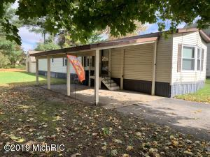 315 Fourth Street, Marion, MI 49665