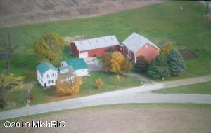 10142 Drew Road, Clarksville, MI 48815