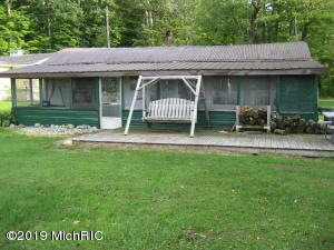 13143 E Englewright Drive, Sand Lake, MI 49343