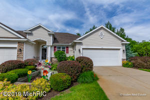 1123 English Ridge Court NW 18, Grand Rapids, MI 49544