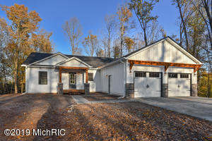 16454 Birchtop Ridge, Big Rapids, MI 49307