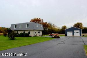 6900 Concord Road, Jonesville, MI 49250