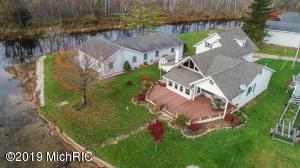 10901 Park Place Drive, Chippewa Lake, MI 49320