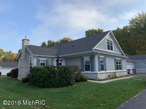 2900 Villa Lane, Benton Harbor, MI 49022
