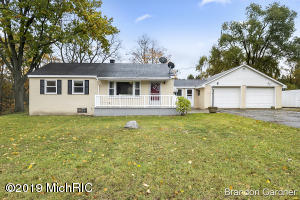 1982 Rusco Road, Kent City, MI 49330