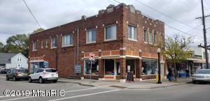953 Fulton Street E, Grand Rapids, MI 49503