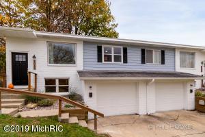 1066-1068 Knapp Street NE, Grand Rapids, MI 49505