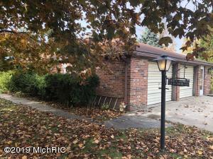 676 St. Joseph Avenue, Berrien Springs, MI 49103