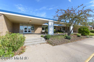 4221 E Milham Avenue, Portage, MI 49002