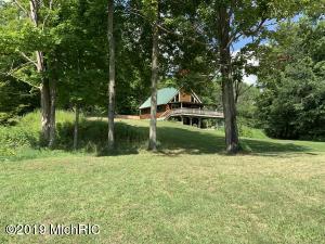 561 Hunter Ridge, Marion, MI 49665