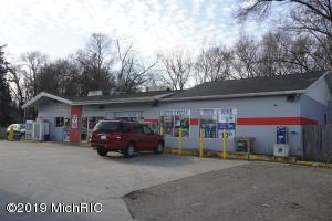 2536 S Sprinkle Road, Kalamazoo, MI 49001