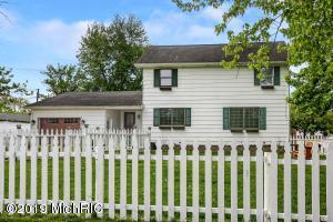 108 Cherry Street, Three Oaks, MI 49128