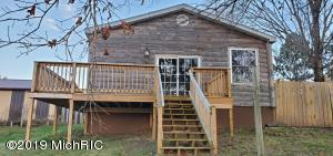 33310 Oak Leaf Trail, Colon, MI 49040