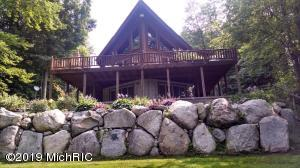 3255 River View Drive, Hersey, MI 49639