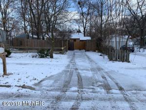 3728 Raven Avenue SW, Wyoming, MI 49509