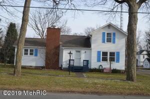543 Elm Street, Colon, MI 49040