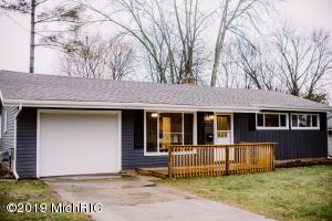 1728 Herrick Avenue NE, Grand Rapids, MI 49505