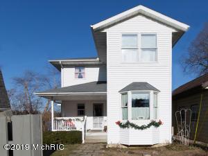 27266 Oak Drive, Sturgis, MI 49091