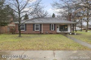 235 Boltwood Drive NE, Grand Rapids, MI 49505