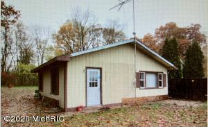 15462 M 43, Hickory Corners, MI 49060