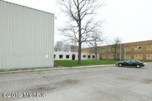 126 Avenue C, Springfield, MI 49037