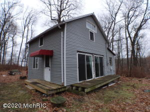 House and 3 lots, high on a hill overlooking beautiful Cloverdale and Long Lakes