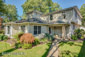 46112 Royal Avenue, New Buffalo, MI 49117