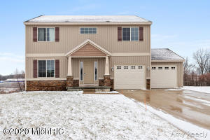 40 Browning Drive, Shelbyville, MI 49344